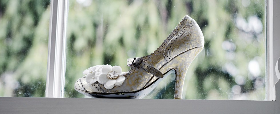 brideshoejpg slider